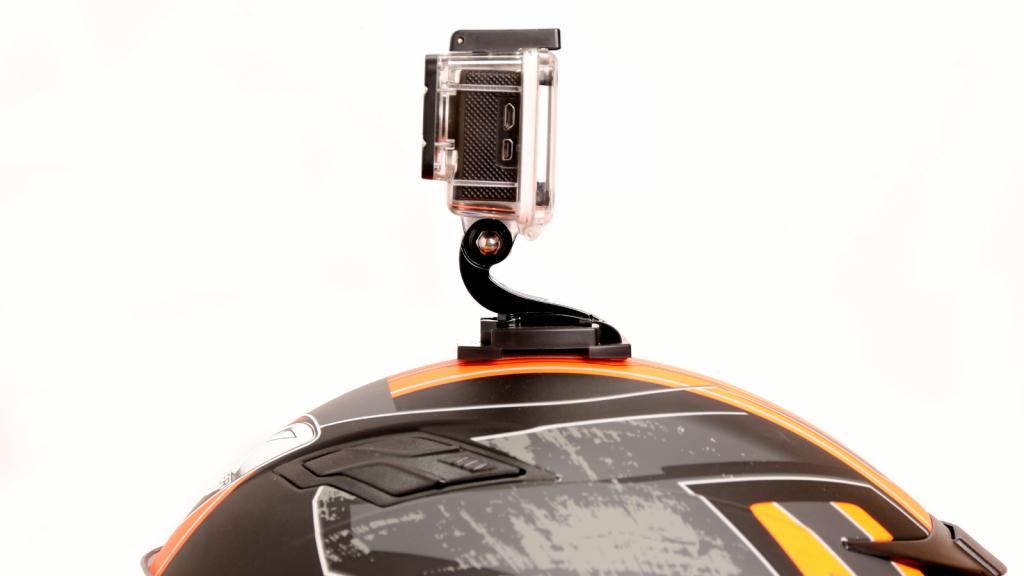 Action Cam Dipasang Pada Helm Polantas