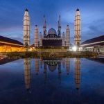 Masjid Agung Jawa Tengah (MAJT) melangsungkan penyembelihan hewan kurban pada hari kedua tasyrik, Kamis, 12 Dzulhijjah 1442 H atau 22 Juli 2021. Protokol kesehatan ketat dijalankan selama penyembelihan, pengemasan hingga pembagian daging kurban.